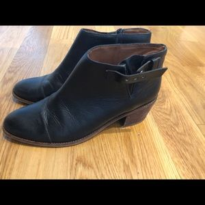 Madewell Black Leather booties size 10